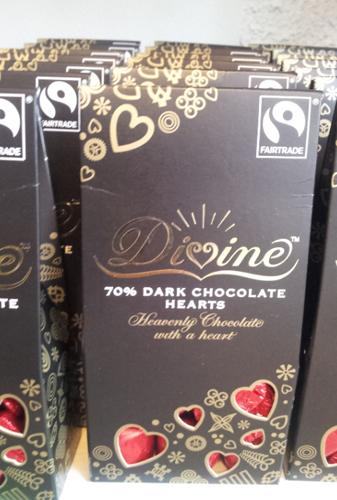divine_darkchoclat_heart